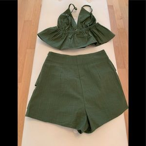 2 piece dark green skirt with crop top